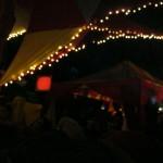 Ambient Tent, tout le monde est couché par terre